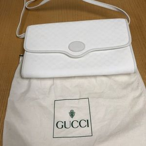 Gucci Woman white purse beautiful classic elegant